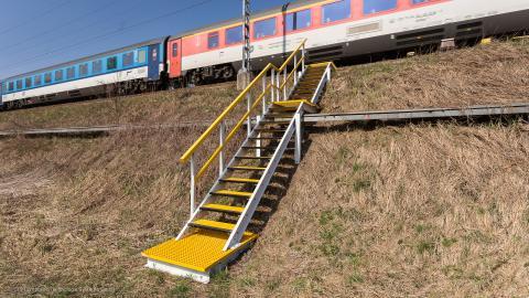 Hangtreppen für die Bahn